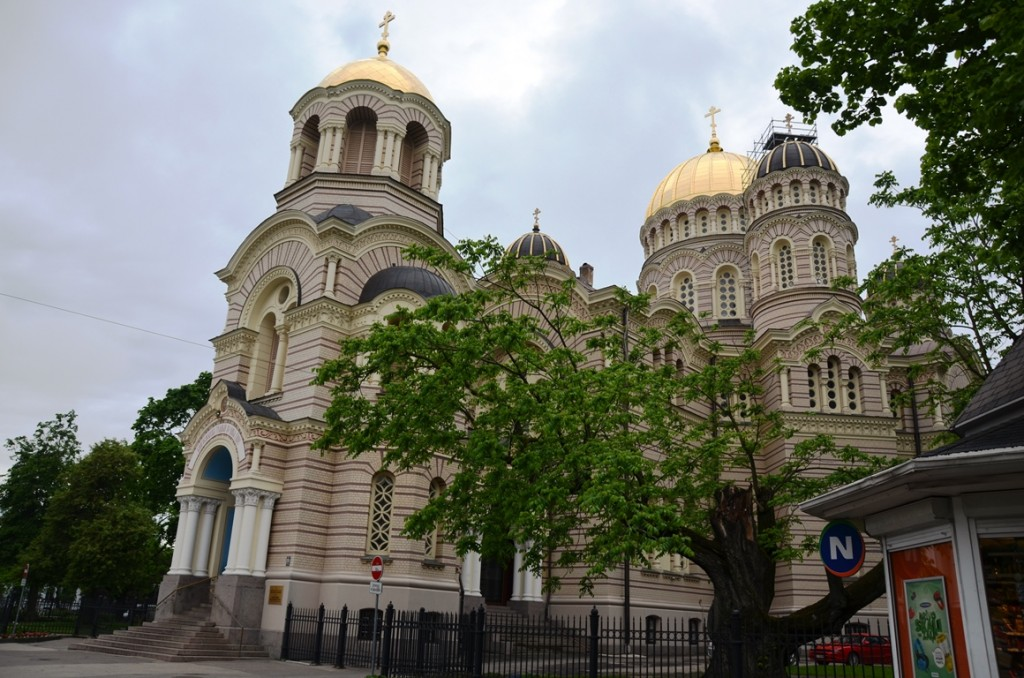 Grote Russisch-Orthodoxe kerk in Riga